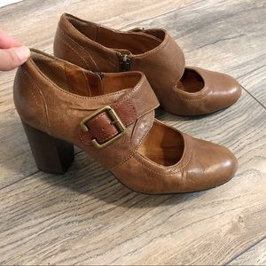 Clarks Indigo Size 7 Brown Mary Jane Heels